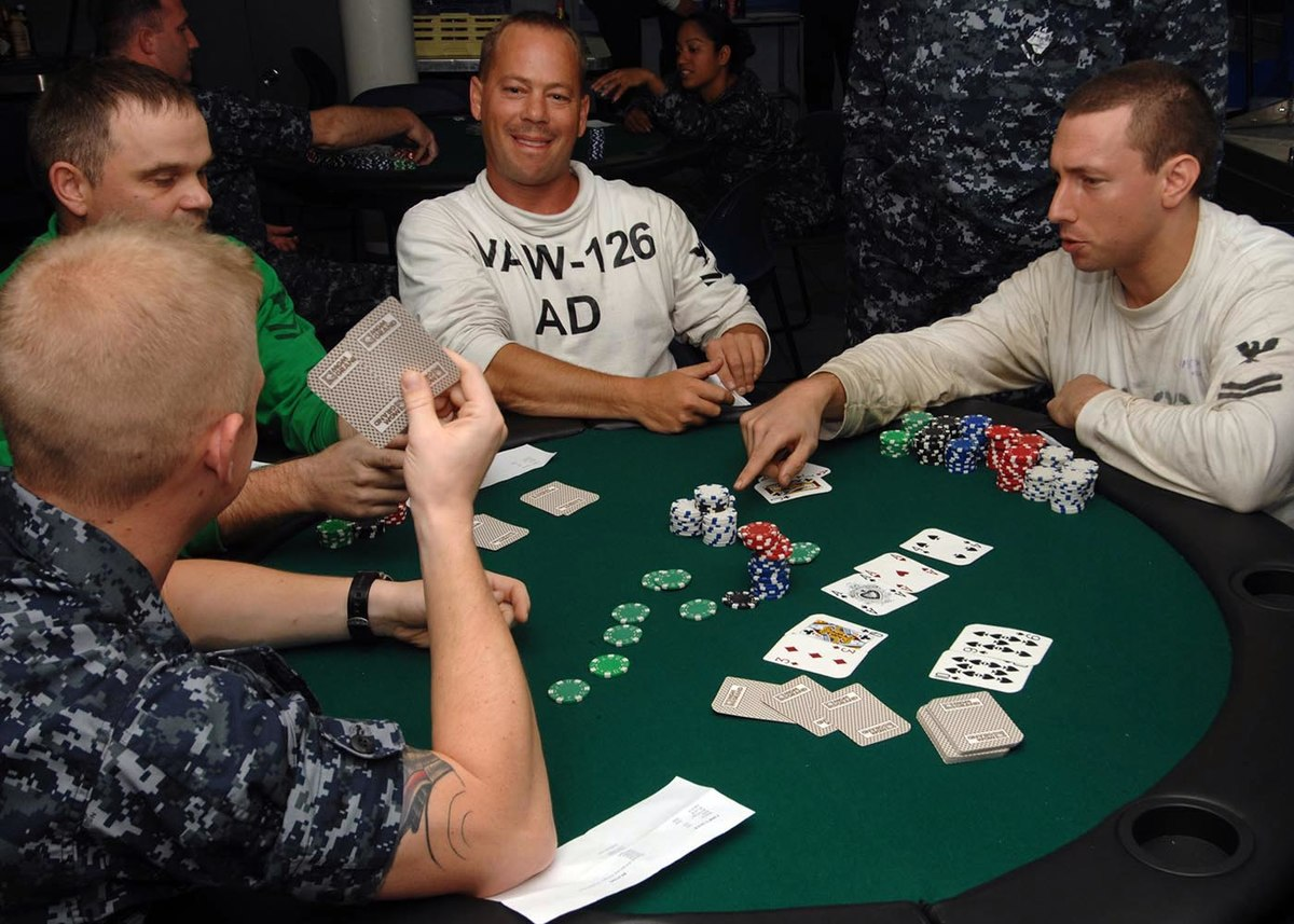 Guidelines and Tricks to Win Playing Omaha Poker Online Gambling
