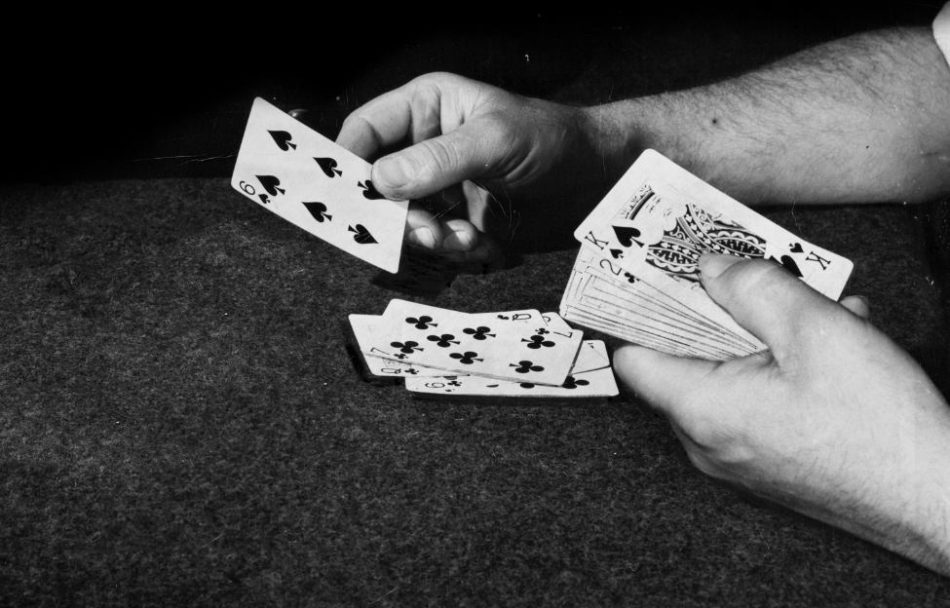 How to Play Online Poker For Beginners (NEWBIE MUST READ)