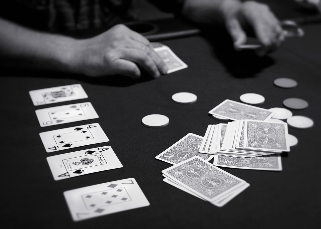 The Key to Accurate Playing Poker Without Losing
